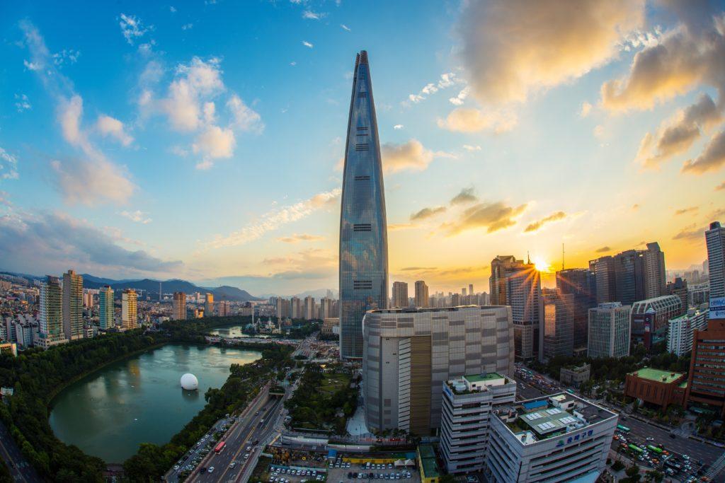 Globalização vantagens e desvantagens resumo